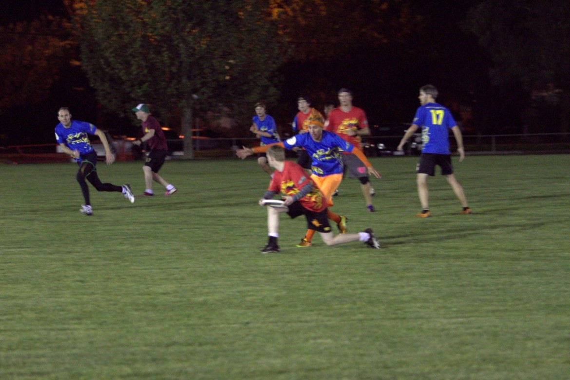 League: Blitz Open League Rushes On! - Canberra Ultimate